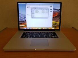 Apple MacBook Pro 17 late 2011, 8gb ram, 256gb ssd, 750gb hard drive