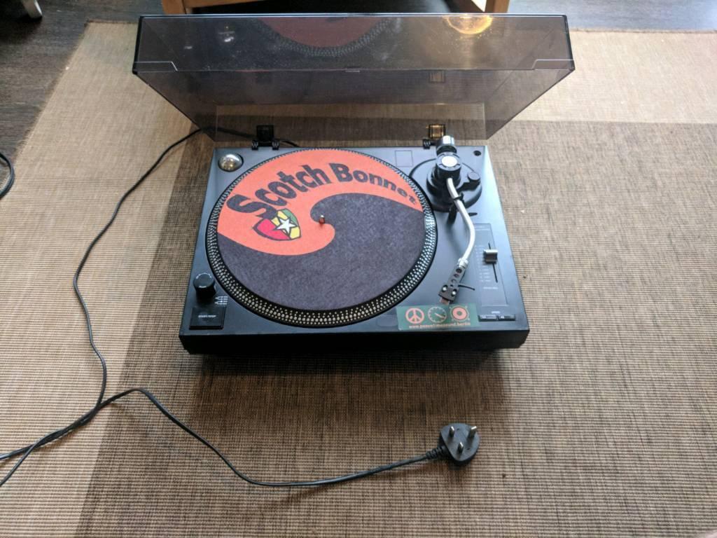 Soundlab Turntable