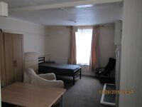 Sevenoaks 35m2 V Large Ground Floor Furnished Studio Granville Rd