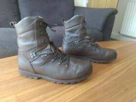 Altberg tabbing boots size 11