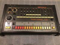 Roland TR808 Vintage Drum Machine