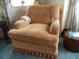 3 piece lounge suite,unmarked condition, moving to smaller home hence reason for
