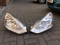 Front Head Lights (Europe) for Ford SMax 2009