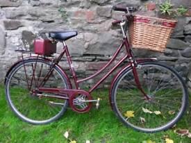 Vintage Raleigh Ladies Bicycle / Dutch bike