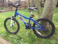 CHILDRENS BIKE - Ridgeback MX20 Terrain - aged 6-9yrs