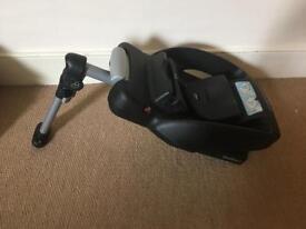 Maxi cosi Easy Base 2 for CabrioFix and Pebble car seats.