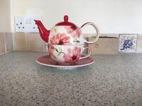 Handpainted tea pot