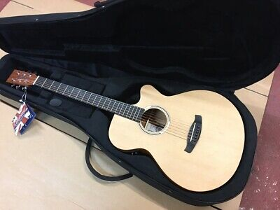 MINT PERFECT  ELECTRO ACOUSTIC FOLK GUITAR,SATIN FINISH & CASE RRP ABOUT £308.99