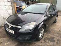 Vauxhall Astra H 2007 black BREAKING