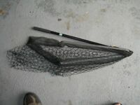 Folding landing net