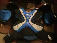 Nike Bauer one90 shoulder pads chest protector