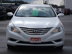 2013 Hyundai Sonata GL | NO ACCIDENTS | HEATED SEATS & BLUETOOTH Stratford Kitchener Area image 12