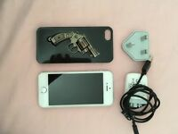 Silver Apple iPhone 5s. Great condt.