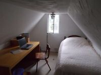 Single room available in shared flat, south of St. Albans, good road and rail links