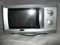 Billing Microwave Oven 700 Watts output. £28.00