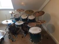 8 piece Mapex meridian birch wood kit with cymbals hardware and carry cases
