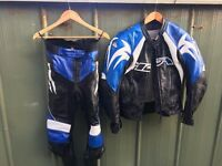 Ladies Motorcycle leathers, 2 piece, Full suit, Blue uk size 8. Great condition