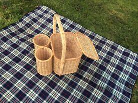 picnic basket with wine holder