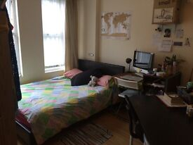 Beautiful Double room to sublet for 5 weeks from August