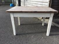 ANTIQUE/VINTAGE SOLID PINE/OLD PAINTED KITCHEN/DINING TABLE