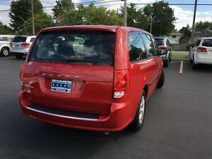 2014 Dodge Grand Caravan SE - WE FINANCE GOOD AND BAD CREDIT Windsor Region Ontario image 7