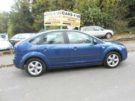 FORD FOCUS ZETEC CLIMATE AUTO WITH FULL SERVICE HISTORY AND 12 MONTHS MOT DRIVE VERY NICE