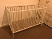 Baby's cot white very good condition