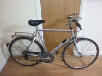 gazelle hybird Bike with dynamo fitted 28 wheel size