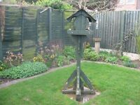 Bird Table 5 ft tall Welll made and sturdy but in need of a lick of paint
