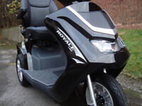 DRIVE ROYALE 3 MOBILITY SCOOTER/DISABILITY SCOOTER .TOP OF THE RANGE.CAN DELIVER
