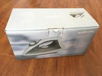 Steam iron,brand new in the boxww