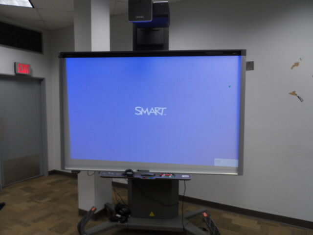 Smart Board 800i5 Interactive Whiteboard System Sbx885 W
