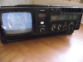 1970s VINTAGE ALBA TCR5 -TV is analogue with black & white picuture also has RADIO,TAPE DECK - 240v