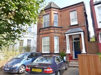 Mount Road, Hendon - 1 bed ground floor flat with private patio