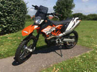 2013 KTM 690 Enduro R / SMC motorbike with low miles and accessories (Supermoto wheels included)