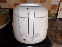 Russell Hobbs 15158 2.5l Easy Clean Electric Deep Fat Fryer 1800W Chip Pan