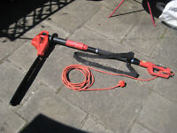IKRA Red Extending Hedge trimmer
