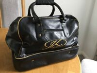 Leather golf holdall