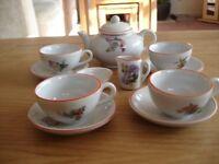 VINTAGE DOLLS CHINA TEA SET