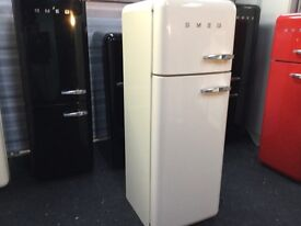 LOVELY CREAM FAB30 SMEG FRIDGE FREEZER - lhh wth WARRANTY. CAN VIEW/ DELIVER