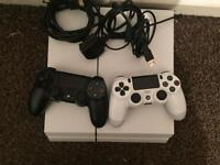 White PS4 Console 500GB with 2 controllers