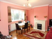 Hatch End - Pinner - 2 Bedroom first floor flat for rent - Close to Shopping Transport HA5 4RG