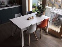👌 White extendable table // BJURSTA by IKEA // Seats 4 to 10 👌