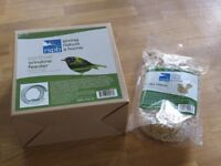 RSPB Porthole Window Bird Feeder plus 550g Buggy Nibbles (brand new in box)
