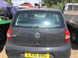 VW FOX 2010, SPAIRS OR REPARS, ENGIN NEED ATTENTION,TIDY £675 Ono