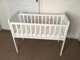 White Crib with mattress and fitted sheets