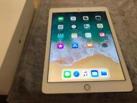 IPad Air 2 Gold 16gb Wi-Fi immaculate condition