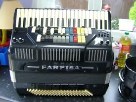 farfisa syntaccordion with genertor bargain accordion to clear
