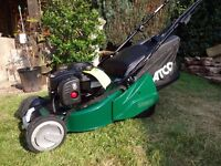 Atco Liner 16S 41cm Roller Self-propelled Petrol Mower - 2016