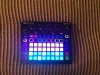 Novation Circuit Groovebox / Sampler / Drum Machine / Sequencer